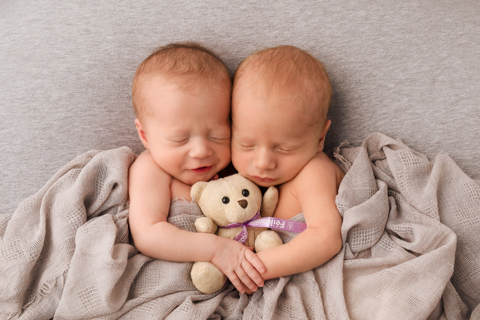 Adorable Newborn Rainbow Twins 4